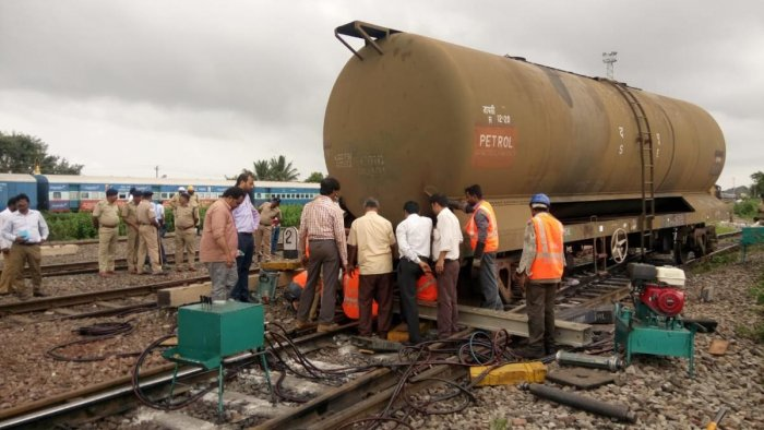 Four wagons derailed on the main track which connects Hubballi to Gadag. (DH Photo)