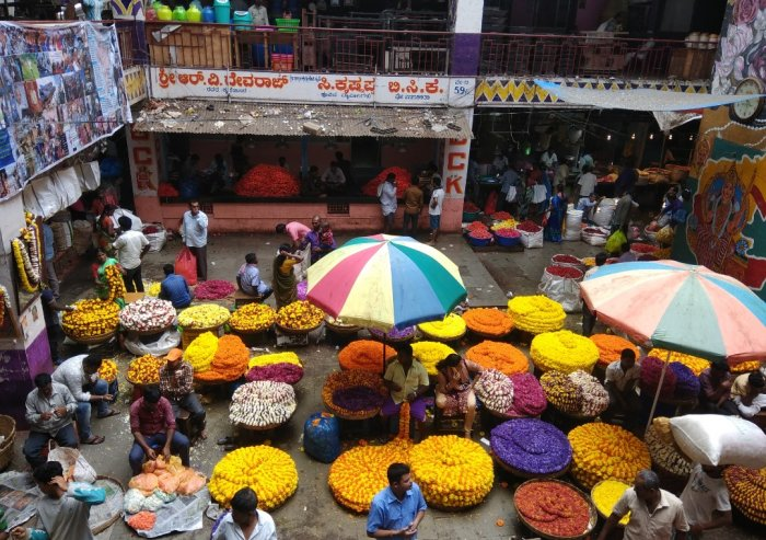 KR Market is one of the places covered by Bangalore Tours and More.