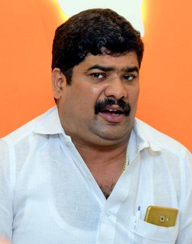 D Vedavyas Kamath