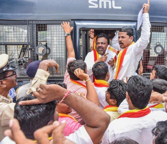 Members Karnataka Rakshana Vedike staged a protest rally demanding for overall development and against the separate state for north karnataka at Mini Vidhana Soudha in Kalaburagi on Thursday. - Photo/ Prashanth HG