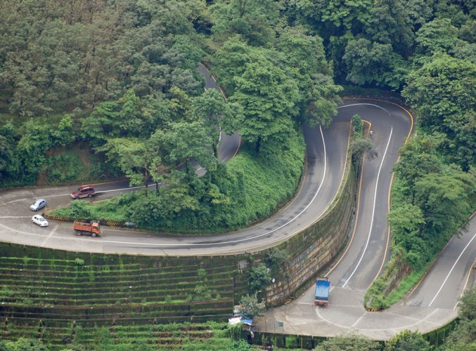 Traders, many of them from Wayanad and Kozhikode districts, have been opposing the night traffic ban. File photo
