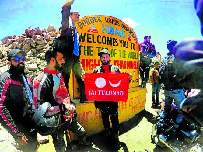 Bikers from Udupi with Tulu Nadu flag at Khardung La.
