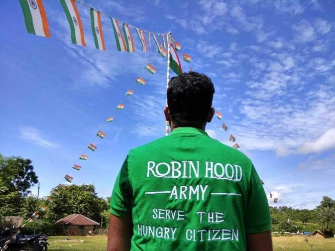 A volunteer-based organisation, the group works to get surplus food from restaurants and the community to serve the less fortunate. Image courtesy Twitter/ Robin Hood Army