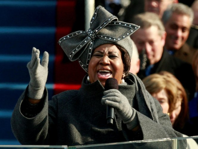 FILE PHOTO - Aretha Franklin sings during the inauguration ceremony for President-elect Barack Obama in Washington, January 20, 2009. (REUTERS)