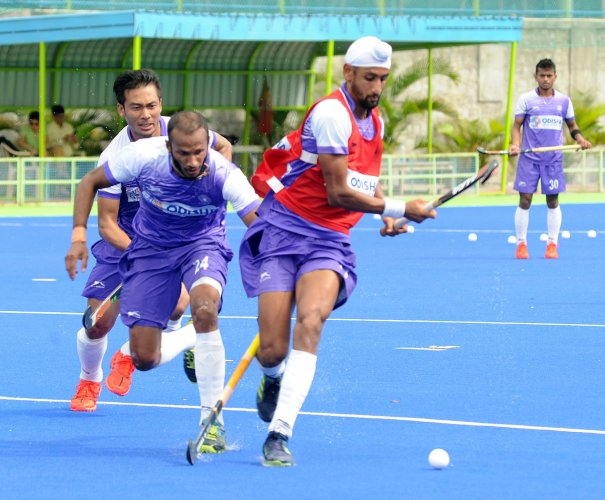 Indian men's hockey team will be eyeing to defend its title at the Asian Games. DH File Photo