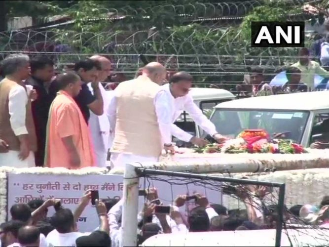 Top party leaders including BJP president Amit Shah, Home Minister Rajnath Singh, UP Chief Minister Yogi Adityanath, his Uttarakhand counterpart Trivendra Singh Rawat, his adopted daughter Namita Kaul Bhattacharya and other family members of Vajpayee were present as the urn carrying his ashes was emptied into the river amid chanting of Vedic hymns. Image courtesy ANI/Twitter