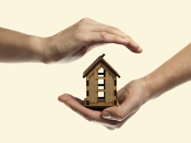 Nearly 5.76 lakh housing units worth Rs 4,64,300 crore are delayed in seven major cities of the country despite implementation of the new real estate law RERA that came into effect May last year, according to property consultant ANAROCK.