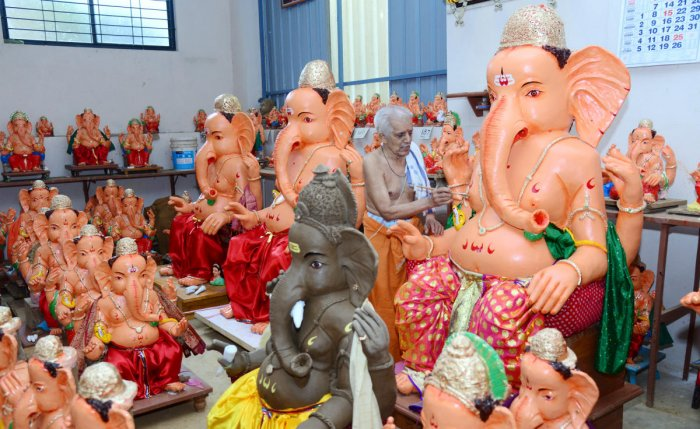 Colourless Ganesha idols are safer than the ones coated with paint that contains harmful lead. DH file photo