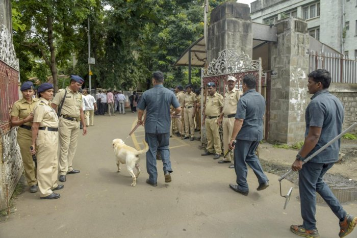 Dog squad enters Gate no. 4 of Pune Session's Court, in Pune on Wednesday, Aug 29, 2018. Three of the five Left-wing activists, who were arrested yesterday by Maharashtra Police in connection with its ongoing probe into suspected Maoist links to an event