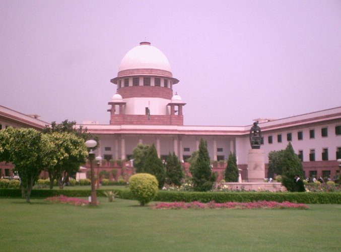 The petitioner has alleged that the Centre, BJP and these states have issued public advertisements in violation of the apex court's directions given earlier.