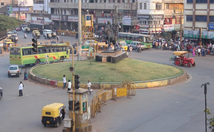 Chennamma Circle in Hubballi where a flyover is proposed.
