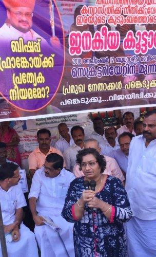 Sr Jesme speaks at a protest rally called to demand Bishop Franco Mulakkal's arrest, in Thiruvananthapuram on Wednesday. (DH Photo/R Krishnakumar)