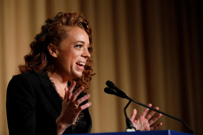 The remarks of comedian Michelle Wolf during the annual dinner of the White House Correspondents' Association (WHCA) has bitterly divided the American journalistic community, many of whom are asking the correspondents' association to apologise to the White House. Reuters Photo