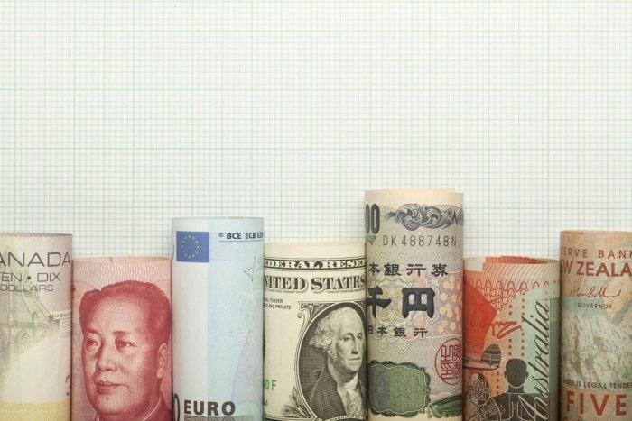 The net inflow by foreign portfolio investors (FPIs) was $2.6 billion during October-December quarter.