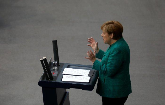 German Chancellor Angela Merkel addresses the German lower house of parliament Bundestag in Berlin, Germany, June 28, 2018. (REUTERS photo)