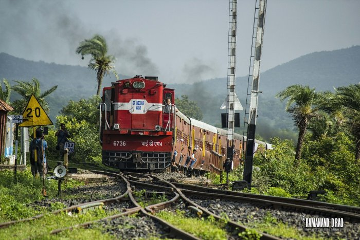 A picture of Sanavad MHOW MG Passenger by Ramanand D Rao (inset).