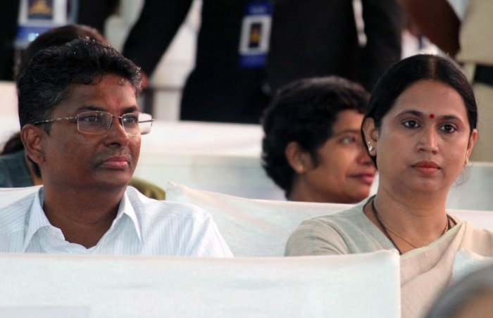 Satish Jarkiholi and Laxmi Hebbalkar. DH file photo.