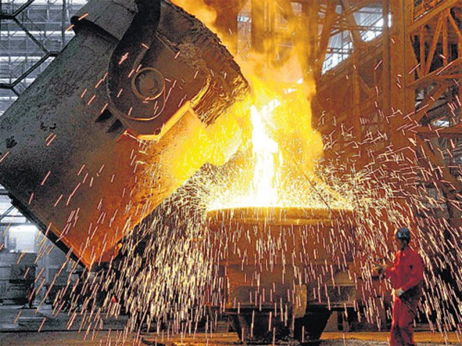 The country's GDP grew at the fastest pace in seven quarters at 7.7 percent in the January-March period, retaining the fastest growing major economy tag on robust performance by manufacturing and service sectors as well as good farm output.Representational Image.