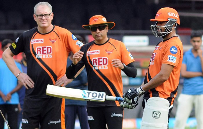 Sunrisers Hyderabad's Yusuf Pathan (right) with coach Tom Moody (left) and team mentor VVS Laxman during a practice session on the eve of their IPL match against RCB in Bengaluru on Wednesday. DH Photo/ Srikanta Sharma R