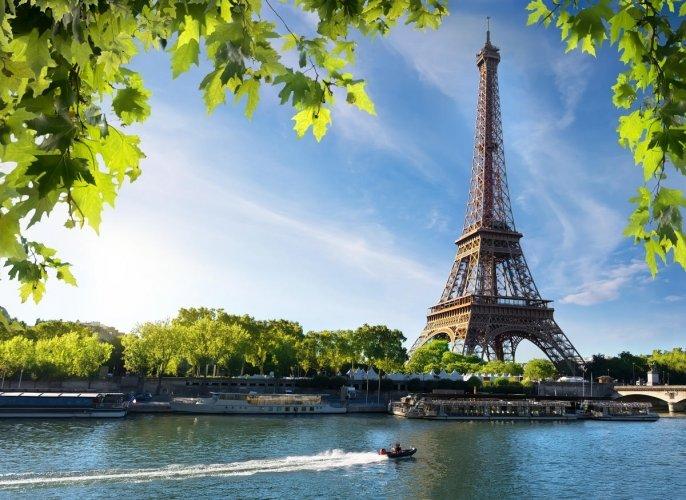 Seine in Paris with Eiffel Tower in the background.