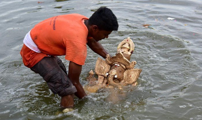 The city saw a decrease in the number of immersions of Ganesha idols in the public places when compared to the last year. DH file photo
