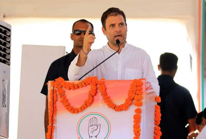 Congress President Rahul Gandhi speaking at a pre-poll rally in Sagwara village in Dungarpur district. (DH Photo/Tabeenah Anjum)