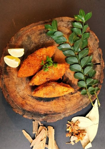 Talaleli Macchi is a Maharastrian speciality which is part of the food festival.
