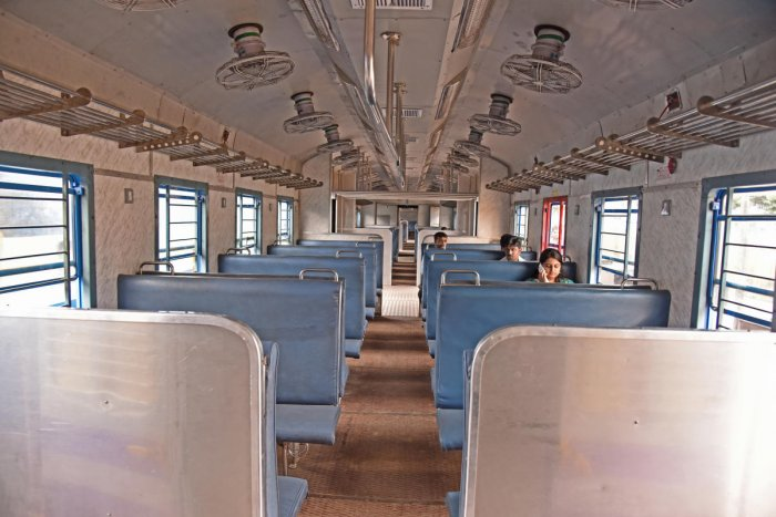The Banaswadi-Hosur train was cancelled in May 2018. DH FILE PHOTO