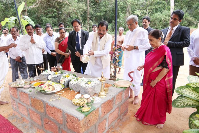 Union Minister for Ayush Shripad Yesso Naik lays foundation for the building of the clinical research centre of SDM College Of Naturopathy And Yogic Sciences at Ujire on Monday.