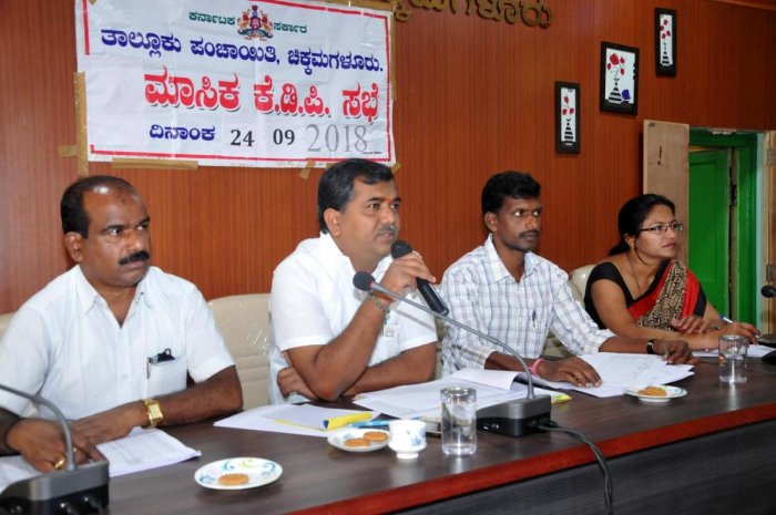 Chikkamagaluru Taluk Panchayat President Nettekerehalli Jayanna speaks at the Panchayat meeting on Monday.