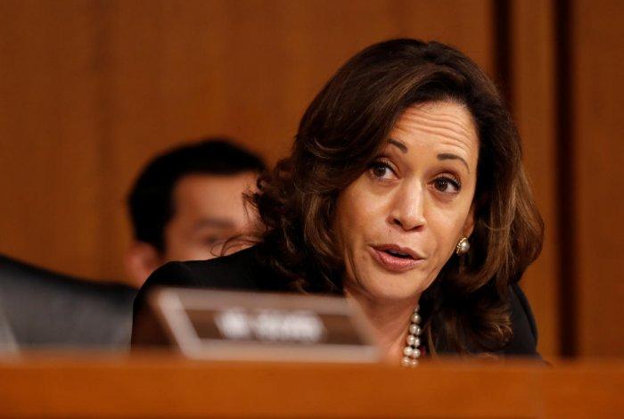 U.S. Senator Kamala Harris (D-CA) (REUTERS File Photo/Joshua Roberts)