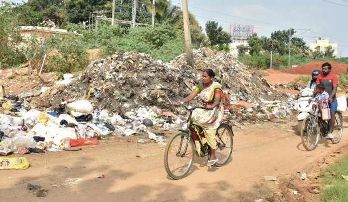 In 2013 Bruhat Bengaluru Mahanagara Palike (BBMP) began levying a penalty in a bid to implement waste segregation and management in the city. (DH File Photo)