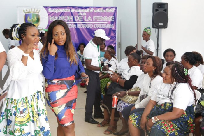 Alia Bongo Ondimba, daughter of late Gabonese president Omar Bongo and Gabonese Democratic Party (PDG) candidate for the local elections in Libreville's Akanda district, attends a campaign meeting in the capital on October 3, 2018. - Oil-rich Gabon, ruled