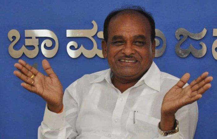 District in-charge Minister of Chamarajanagar C Puttarangashetty. (DH Photo)