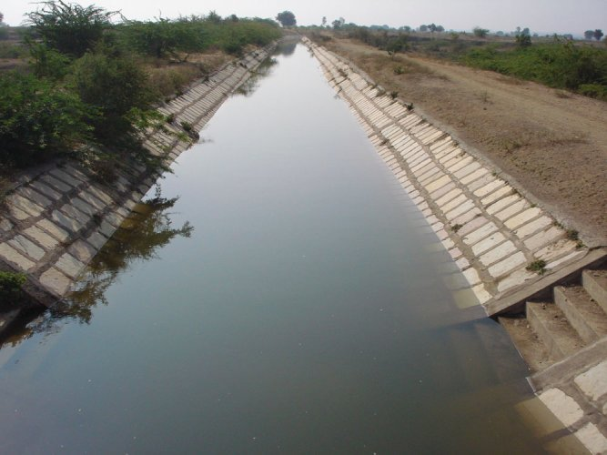 Farmers under the Varuna Canal achcut(check dam) said, there are 78,000 acres of land under irrigation of the canal, but water was released only after they held protests. (DH file photo for representation)