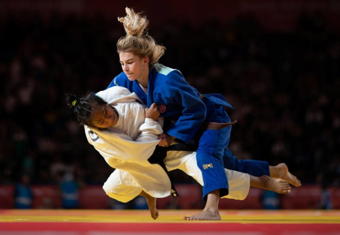 TAME END: India's Thangjam Tababi Devi (white) is taken down by Ana Viktorija Puljiz of Croatia in the judo women's 44kg final at Buenos Aires on Sunday. REUTERS