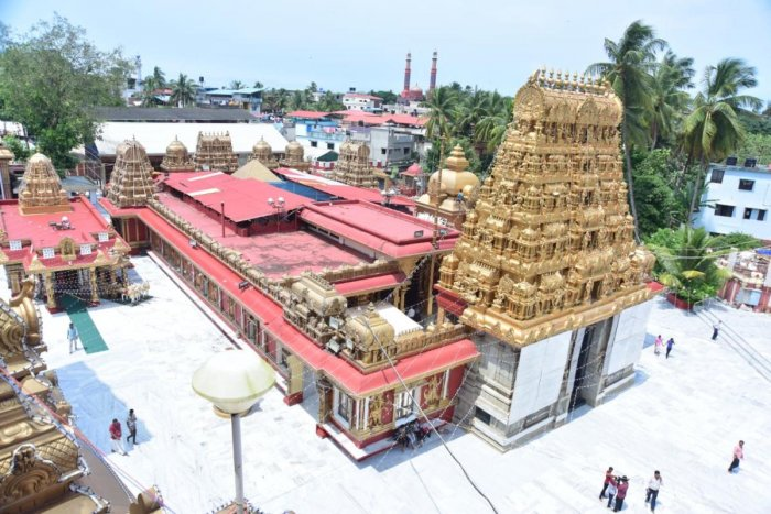 Shri Gokarnanatheshwara Temple wears a new look with lightings and with a fresh coat of painting for Dasara celebrations.