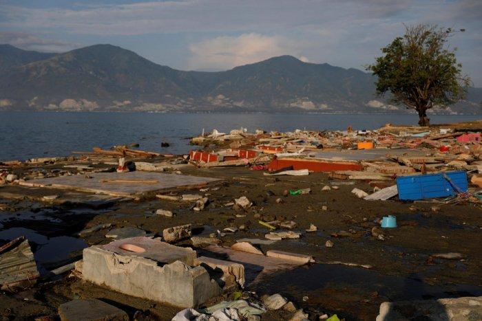 Mamboro beach neighbourhood in Palu, Indonesia Sulawesi Island, October 9, 2018. (REUTERS/Beawiharta)