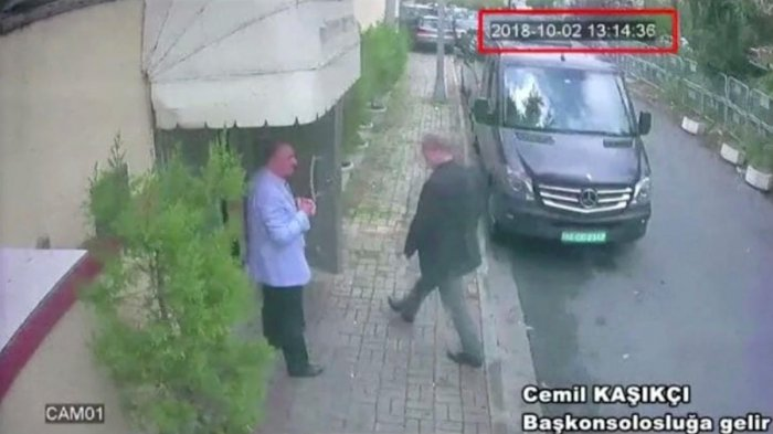 A still image taken from CCTV video and obtained by TRT World claims to show Saudi journalist Jamal Khashoggi as he arrives at Saudi Arabia's consulate in Istanbul, Turkey Oct. 2, 2018. (Reuters TV/via REUTERS)