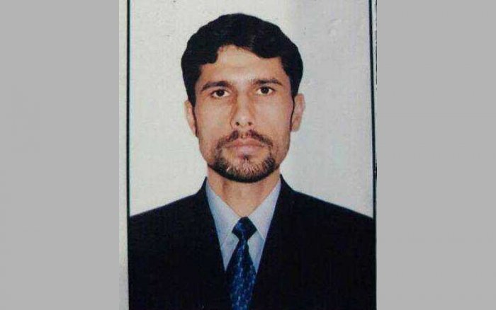 Manzoor Ahmed Naik, who was a resident of Uri in Baramulla district, laid down his life at Haffu Nigeenpora village of Tral in South Kashmir's Pulwama district on March 5, 2017, during a gunfight with militants. (Image: Twitter)