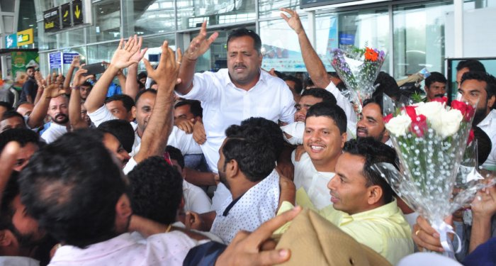 Minister for Urban Development and Housing U T Khader was accorded a cordial welcome at Mangaluru International Airport, at Bajpe on Saturday.
