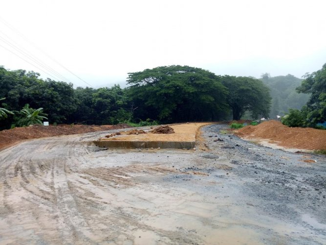 The second phase of concreting of the Shiradi Ghat stretch from Kempuhole to Addahole is almost complete.