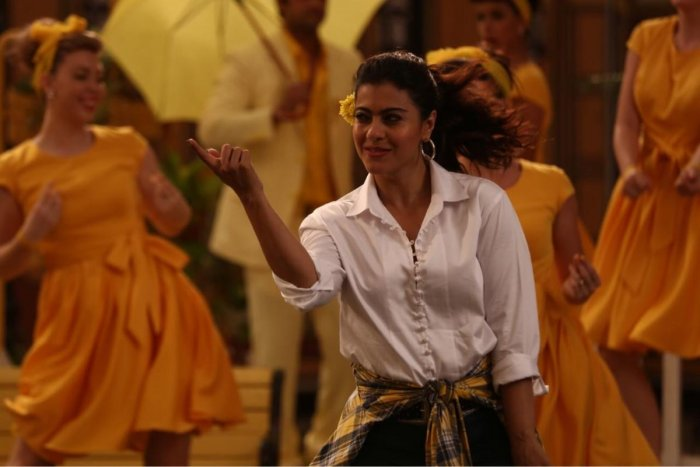 A still from Helicopter Eela.