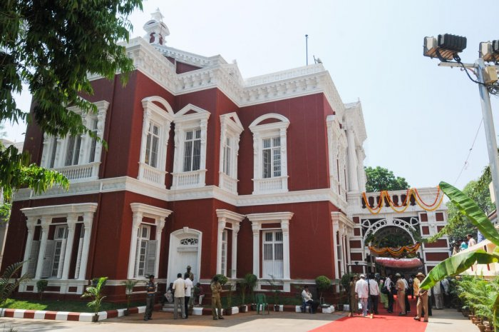 The Kempegowda Museum in Mayo Hall, MG Road. DH PHOTOS/S K DINESH