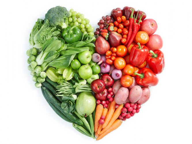 Indulge in lots of whole grains, berries and nuts for a healthy heart