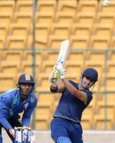 Skipper Gautam Gambhir will aim to continue his fine form against Jharkhand. DH FILE PHOTO
