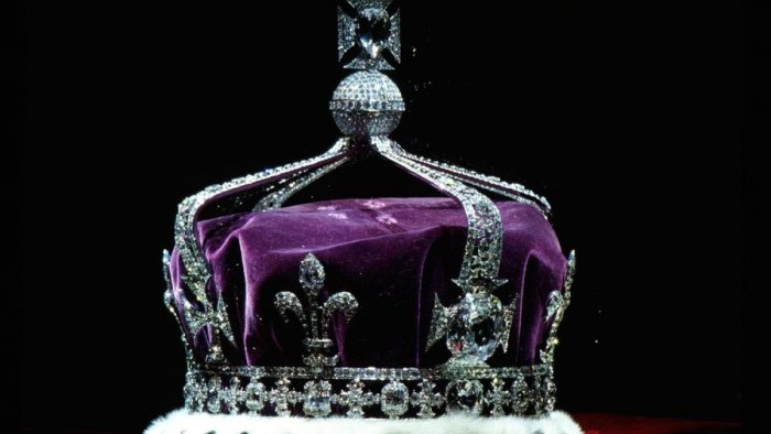 One of the largest cut diamonds in the world, the Kohinoor