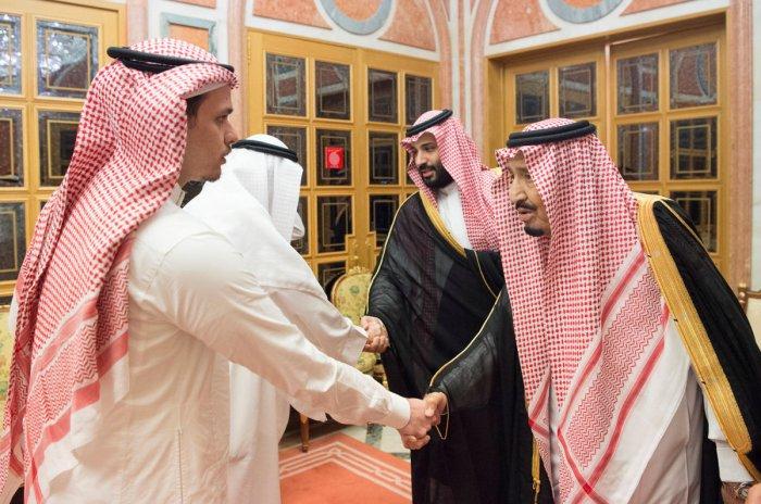 Saudi Arabia's King Salman bin Abdulaziz Al Saud , Saudi Crown Prince Mohammed bin Salman receives Khashoggi family in Riyadh, Saudi Arabia October 23, 2018. (Bandar Algaloud/Courtesy of Saudi Royal Court/Handout via REUTERS)