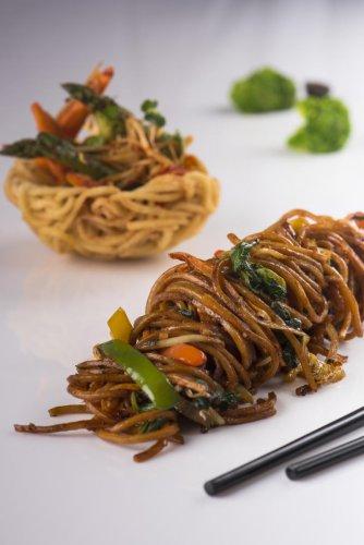 Yi Mein Noodles