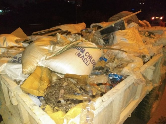 The officials have seized 15 vehicles in Yelahanka and Kanakapura areas on Tuesday, for dumping garbage into the drains and have collected Rs 19,000 fine from the offenders.